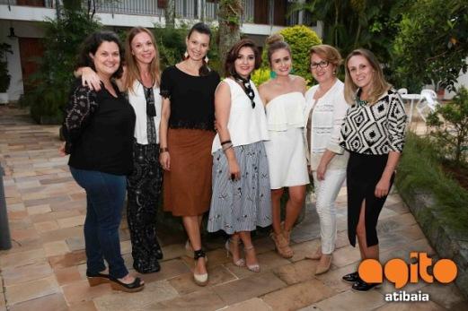 Fernanda Bianco, Vivian Carvalheira, Aline Garcia, Eu, Carina, Tania Mascarenhas e Camila Freitas